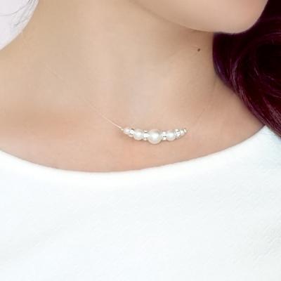 collier fleur et perles pour la mariée